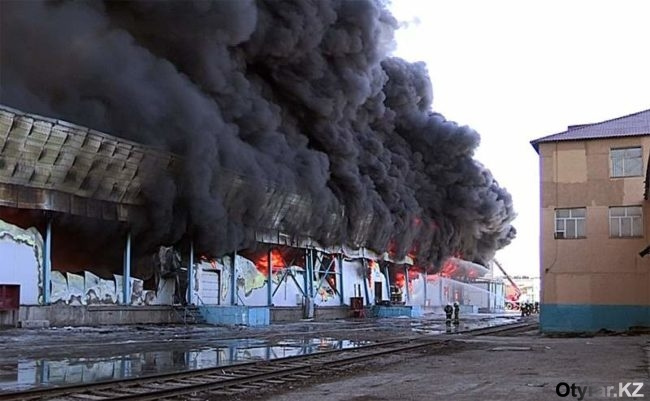 """Пожар на рынке """"Автонур"""""""