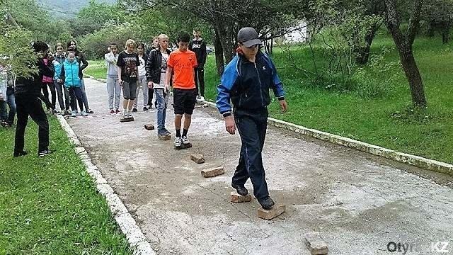Юные туристы навели порядок в ущелье Бургулюк