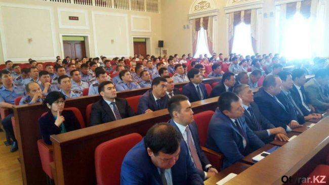 Габидулла Абдрахимов собрал экстренное совещание акимата по вопросам обеспечения безопасности дорожного движения.