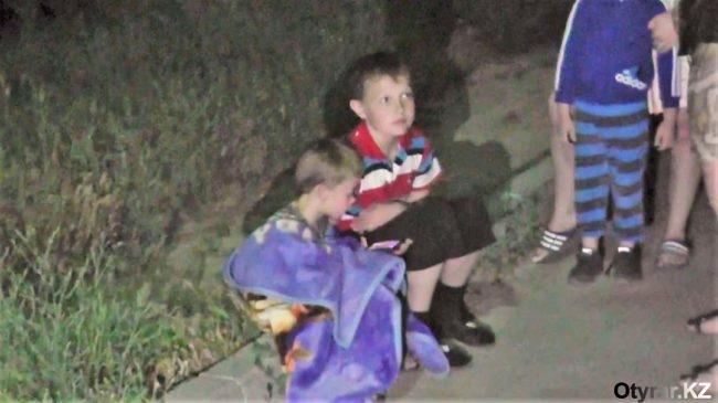 Среди ночи жителей одного из домов Шымкента эвакуировали