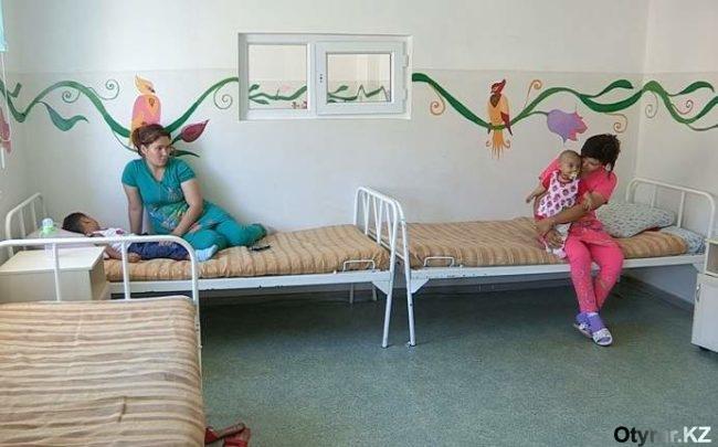 Волонтёры придумали, как раскрасить серые больничные будни яркими цветами