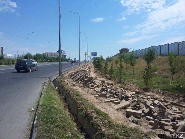 В Шымкенте активизировали работу по строительству велодорожек