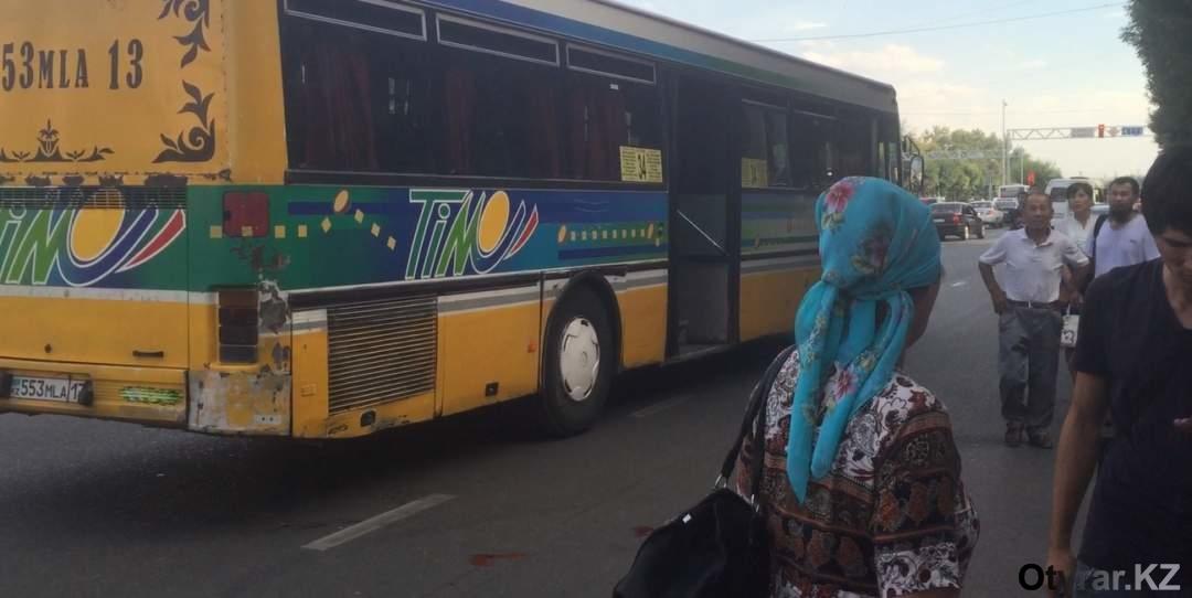 В Шымкенте водители общественного транспорта не вышли на работу