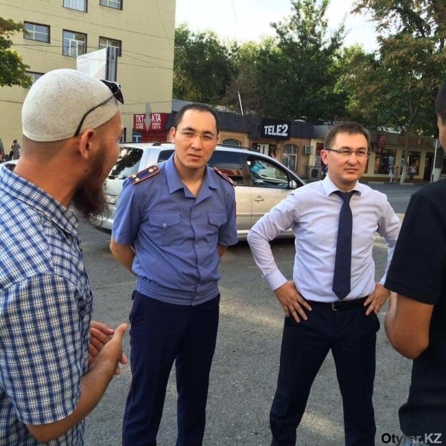 Полицейские встретились с продавцами телефонов на Гаранте