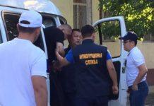В Шымкенте определены санкции в отношении оскандалившихся полицейских РЭО