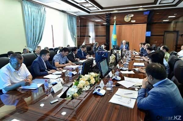 Оперативное совещание по вопросам приграничного поселка Достык Сарыагашского района