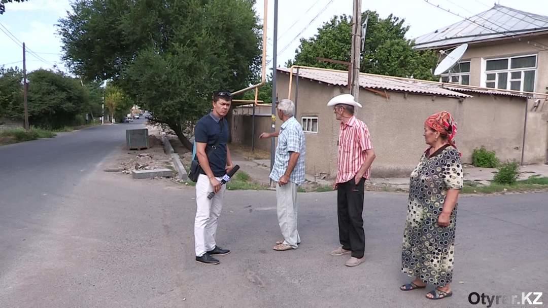 Жители 112 квартала возмущены состоянием лотков