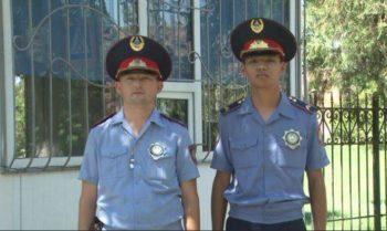 Полицейские Шымкента пытались спасти женщину от самосожжения