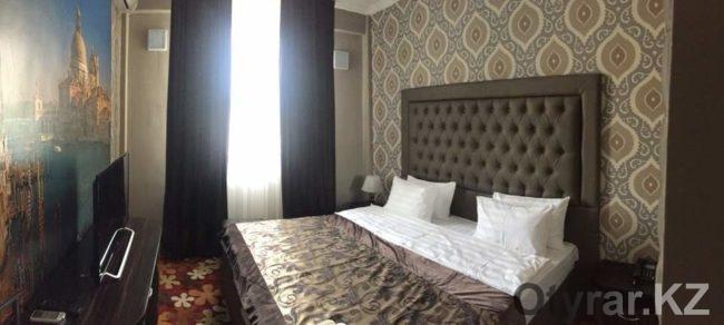Номера deLuxe в новом отеле в будние дни стоят 19900 тенге, в выходные - 14900 тенге