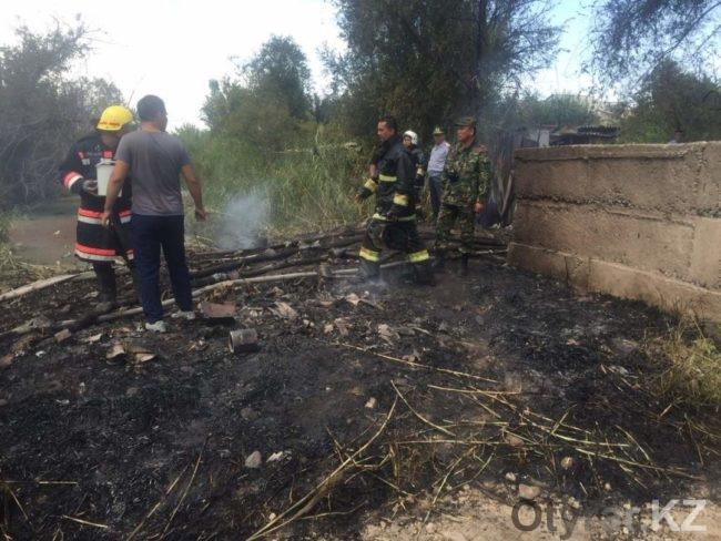 В Шымкенте в районе улицы Сеченова горел вагон со сжиженным газом