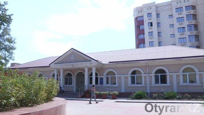 Здание Дома ветеранов в Шымкенте
