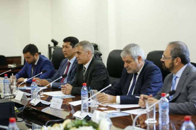 Представители израильской компании «YR-Mitrelli Group».
