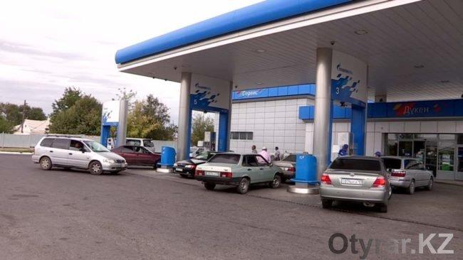 В Шымкенте подорожал бензин