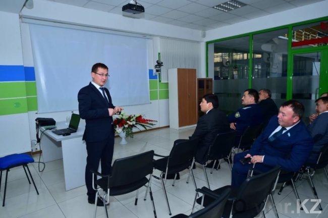Проекты автоматизации сферы образования представили в Шымкенте
