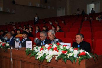 В Южно-Казахстанской области проходит VII международный фестиваль песен имени Шамши Калдаякова «Менің Қазақстаным»