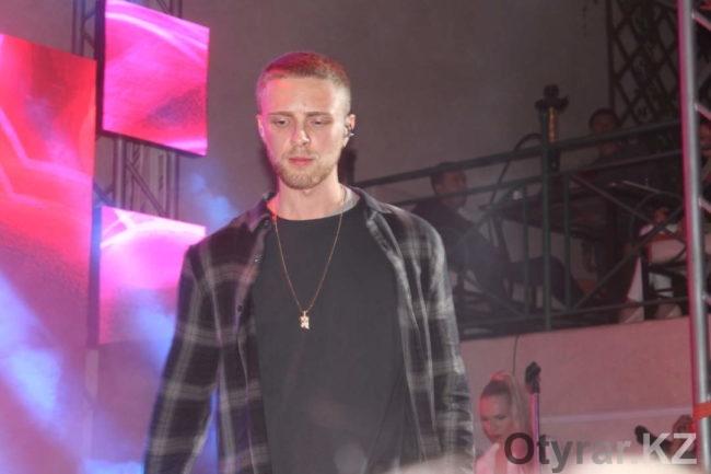 Артист лейбла Black Star Егор Крид выступил в Шымкенте