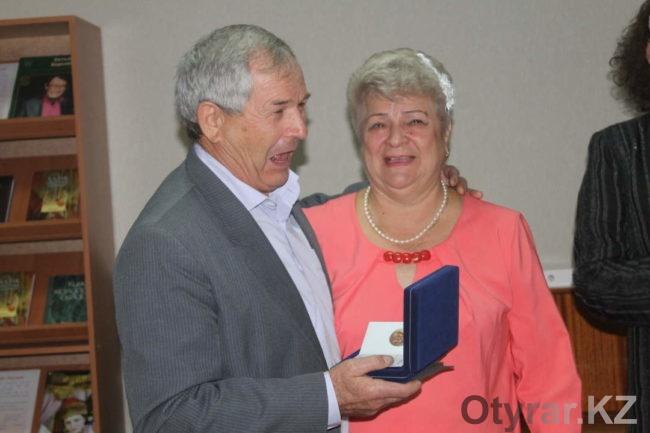 Семья Сидельниковых получила медаль за любовь и верность