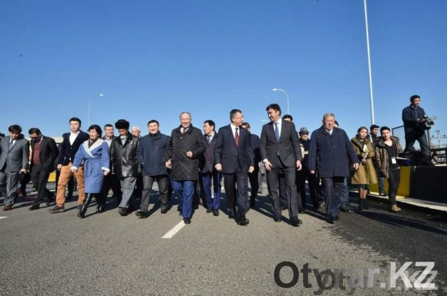 Открытие моста по улице Капал батыра