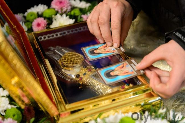 Мощи святого Севастиана Карагандинского в Шымкенте