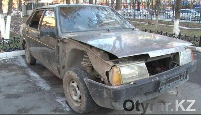 Угнанный автомобиль вор собрался продать по запчастям