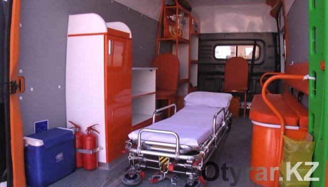 30 карет скорой помощи получили врачи ЮКО