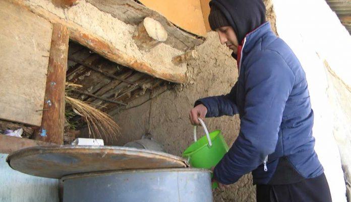 Подать воду в Сайрам пообещал аким Каратауского района Шымкента
