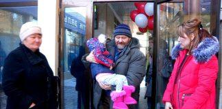 Маленькая Виола Балан вернулась домой в Шымкент