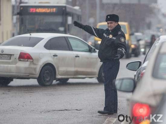Казахстанским полицейским остается только махать руками