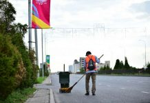 Уборка улиц в Шымкенте