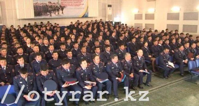Молодые полицейские и их наставники