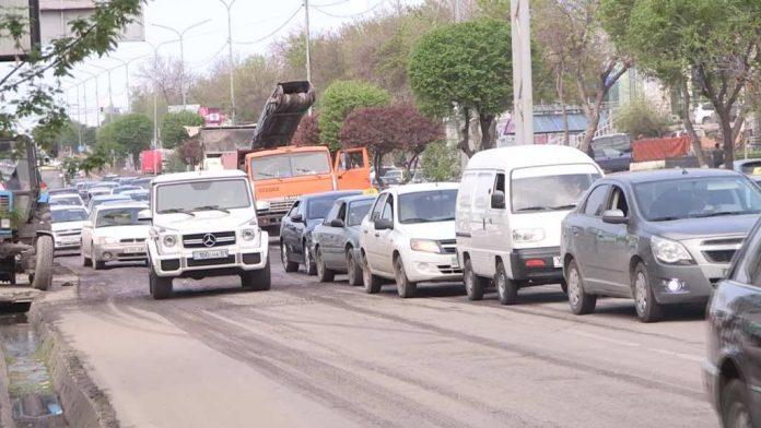 Начался ремонт дорог в Шымкенте