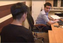 В Шымкенте задержан парень, избивавший подростка