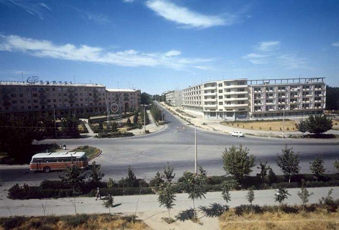 Перекресток улиц Туркестанской и Байтурсынова