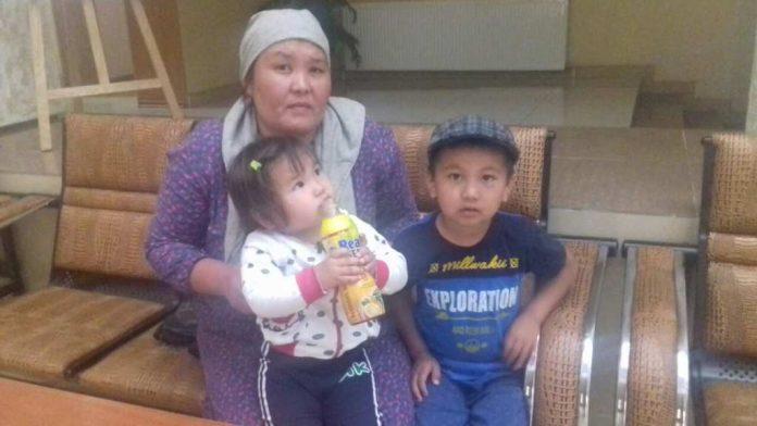 Мать-одиночка просит помощи в трудоустройстве