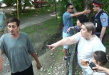 В конфликт между жильцами соседних многоэтажек вмешались власти Шымкента
