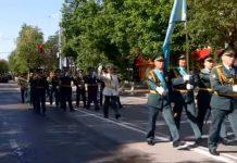 500 солдат торжественно прошагали в Шымкенте в честь Дня защитника Отечества