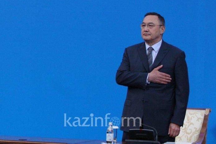 Замглавы Всемирной ассоциации казахов стал Заутбек Турисбеков