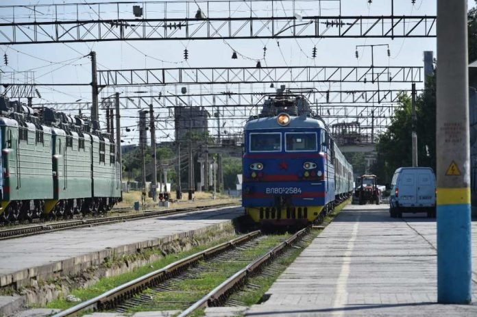 Запущен новый международный скоростной поезд «Самарканд – Астана – Нурлы жол»