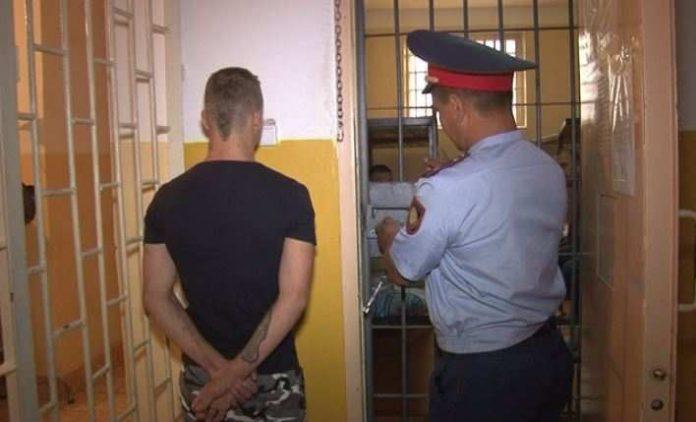 В Шымкенте за серию грабежей взят под стражу уроженец РФ