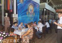 Передвижной центр помощи работает на рынке Шымкента