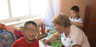 Малыш, которого избила мать, выписан из больницы