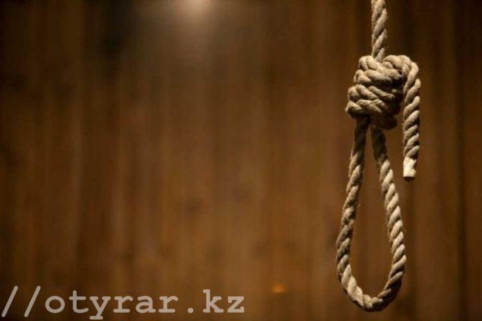 Казнить террористов и убийц детей предложили в Казахстане