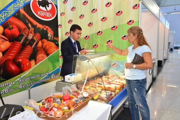 В Астане проходит выставка южноказахстанских товаропроизводителей