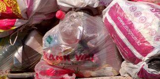 Шымкентцы отказываются сотрудничать с мусоровывозящей компанией