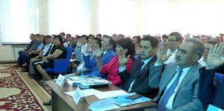 Депутаты Шымкента голосуют