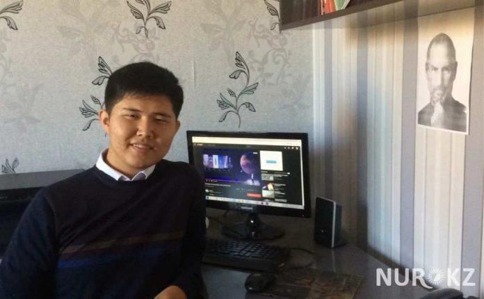 Школьник из Ленгера создаёт 3D-учебник по изучению казахских букв на латинице