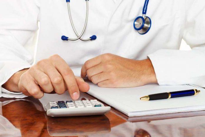 Какие медицинские услуги подорожали в Казахстане