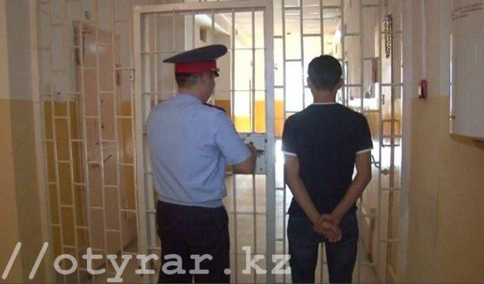 В Шымкенте задержан несовершеннолетний грабитель