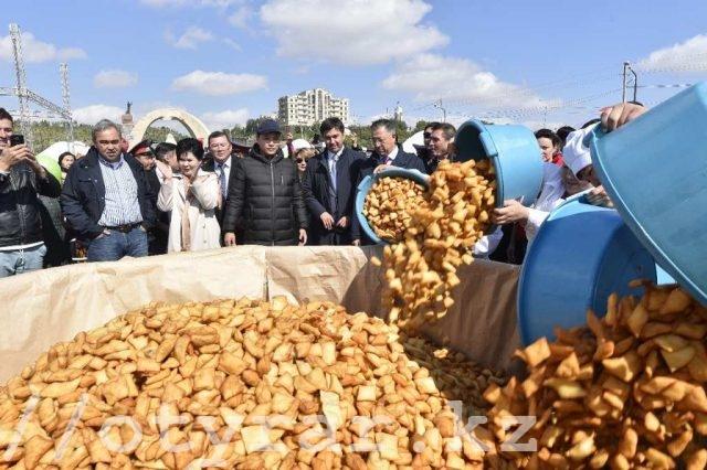 Бауырсаки жарили в Шымкенте