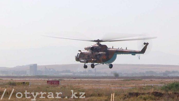 Вертолеты - учения в Шымкенте